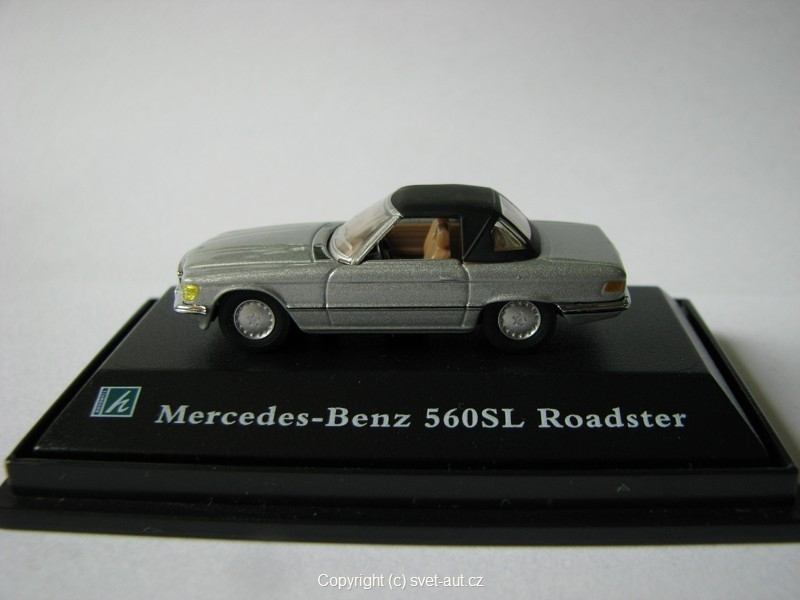 Mercedes 560SL Roadster closed 1:87 Cararama