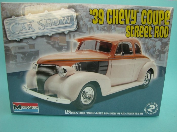 Chevy Coupe street rod 1939 1:24 Monogram