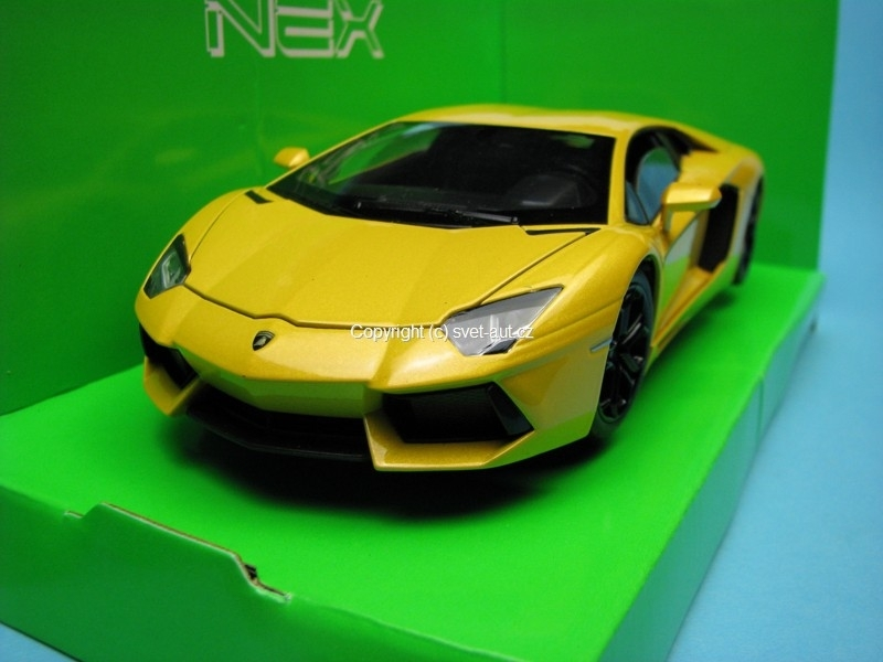 Lamborghini Aventador LP700-4 yellow 1:24 Welly