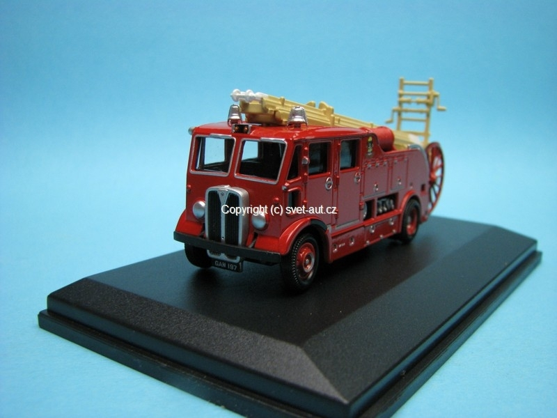AEC Regent Fire Engine West Ham 1:76 Oxford