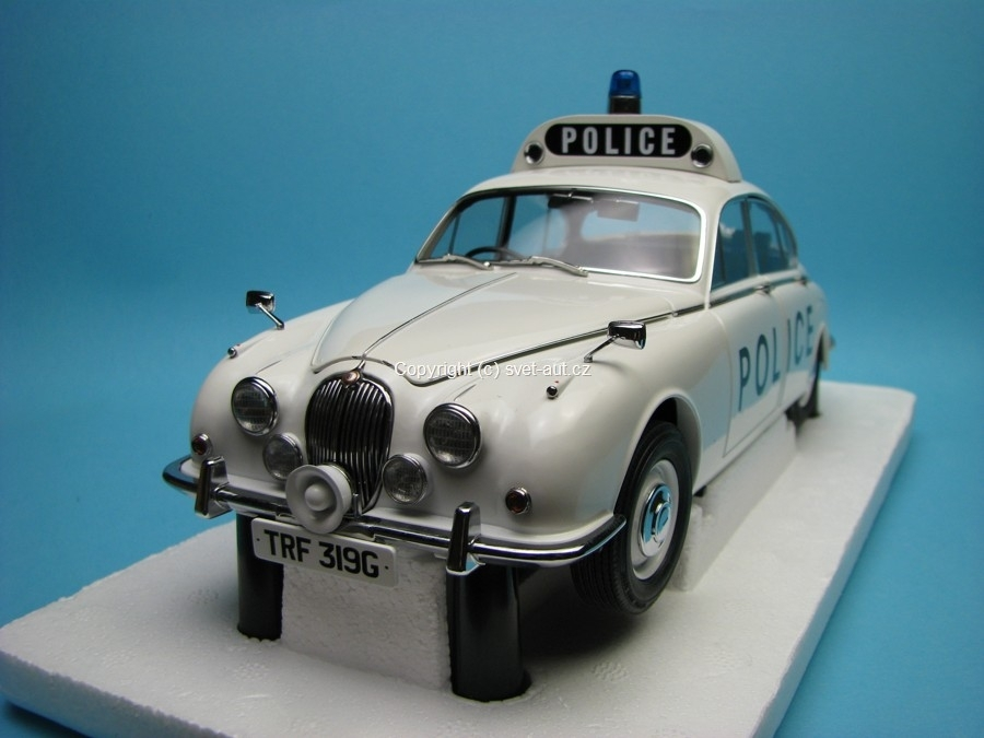Jaguar 240 Police Car 1967 1:18 Model-Icons