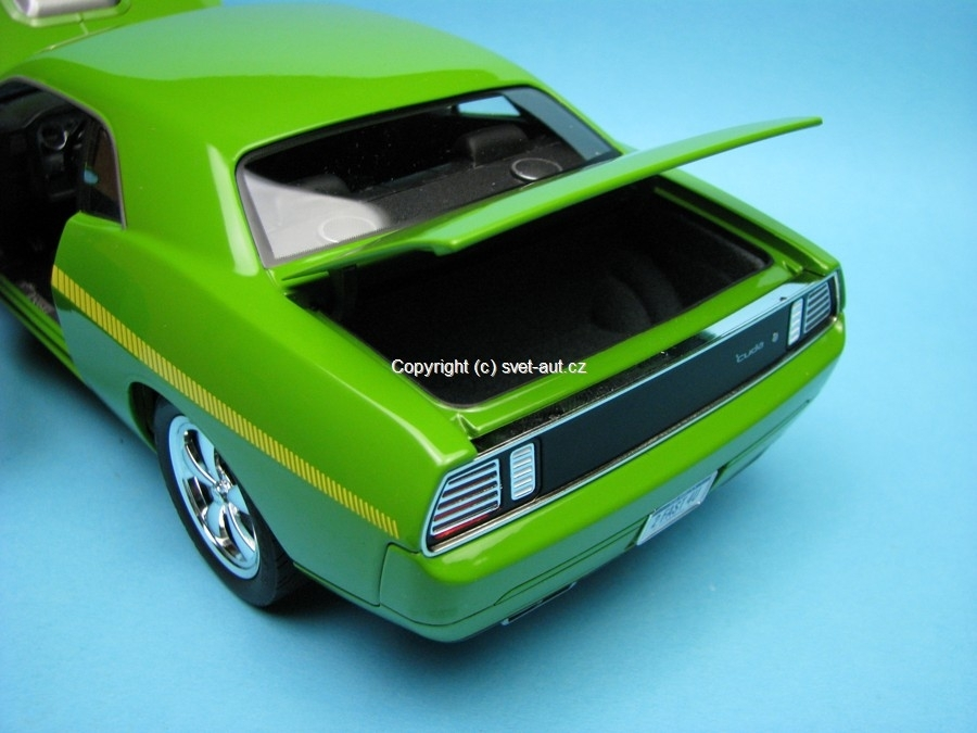 Plymouth Cuda Concept car sublime green Highway 61 1:18 Ertl
