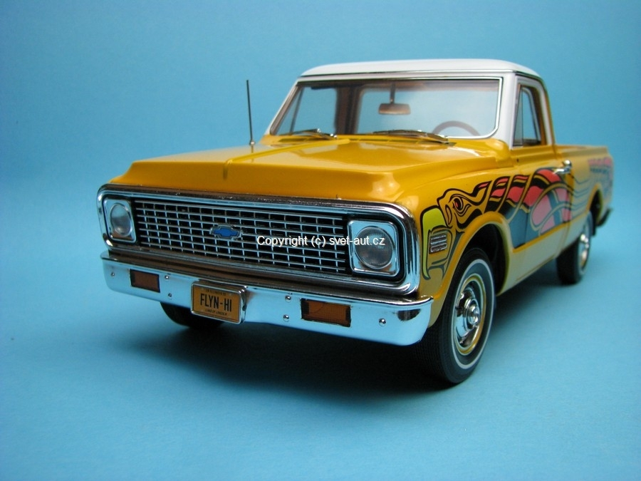 Chevrolet Fleetside Pickup yellow Highway 61 1:18 Ertl