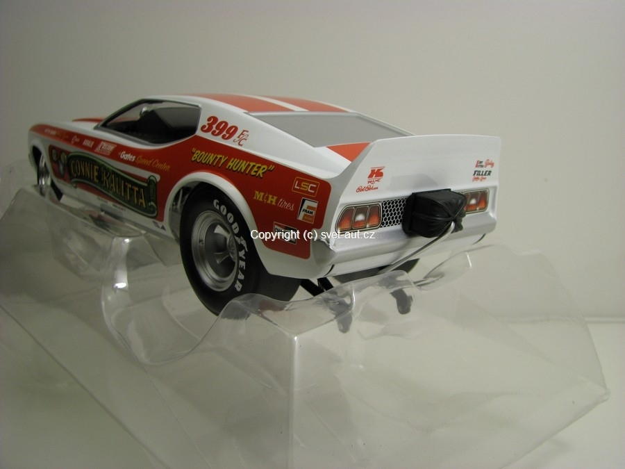 Ford Mustang NHRA Funny Car Connie Kalitta 1:18 Ertl