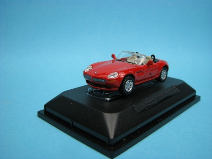 BMW Z8 red 1:72 Yat Ming