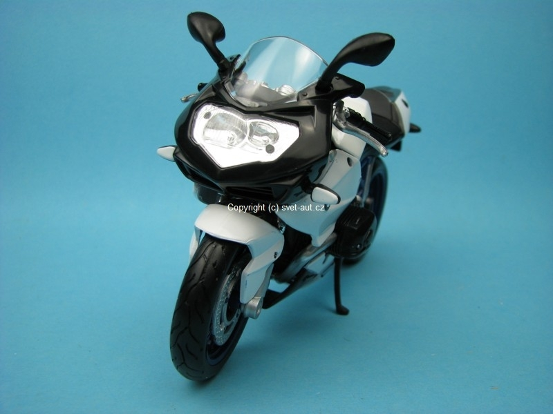 BMW HP2 Sport white 1:12 Maisto