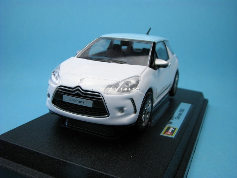 Citroen DS3 white 1:24 Bburago