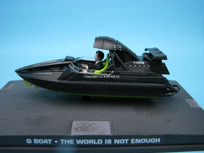 Q Boat The World Is Not Enough James Bond 1:43 Universal Hobbies