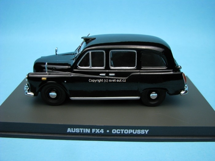 Austin FX4 Octopussy James Bond 007 1:43 Universal Hobbies