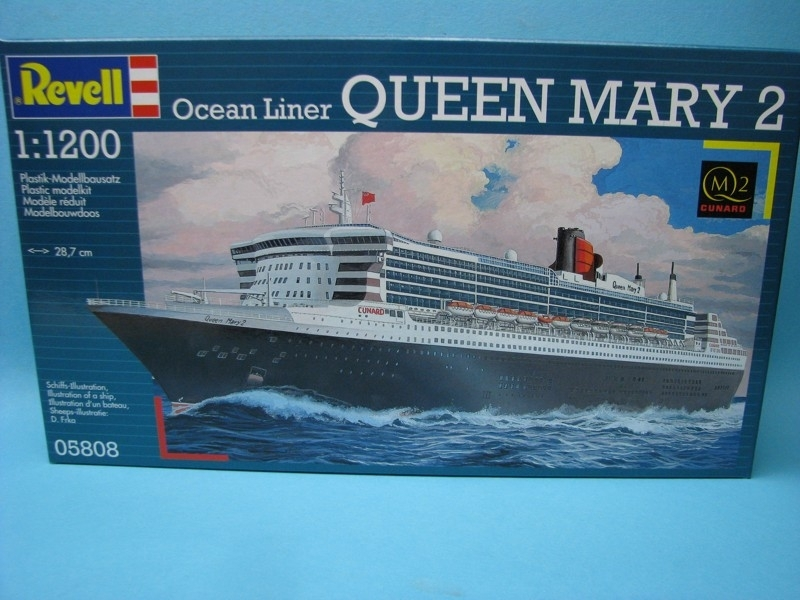Ocean Liner Queen Mary 2 1:1200 Revell