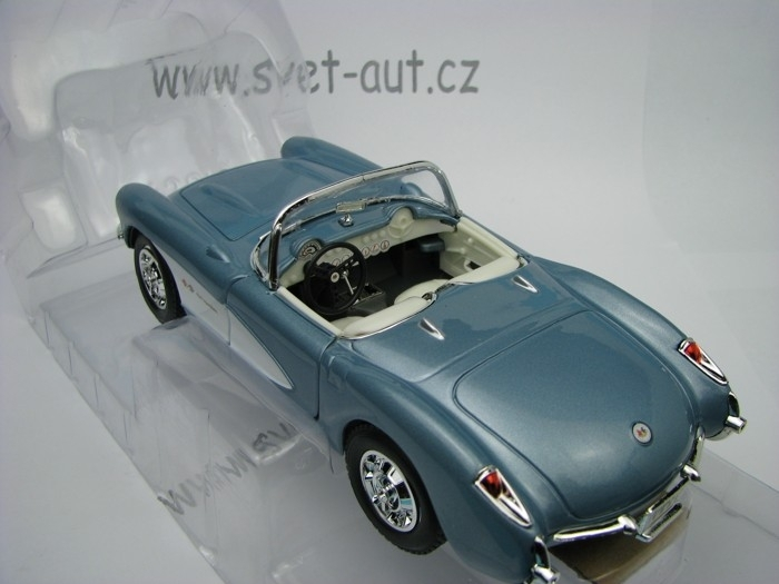 Chevrolet Corvette 1957 blue grey 1:24 Yat Ming