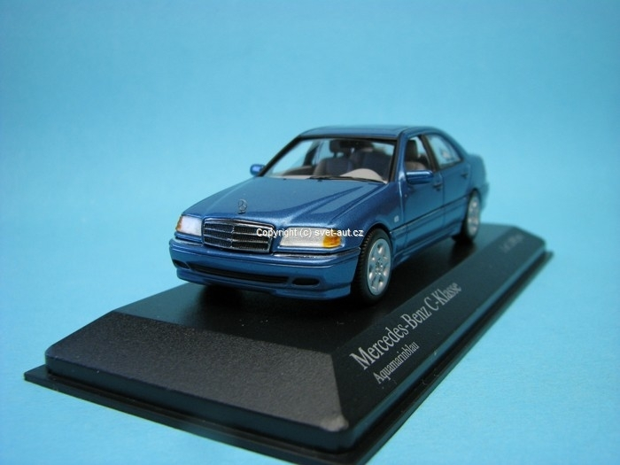 Mercedes-Benz C-Classe 1977 blue metallic 1:43 Minichamps