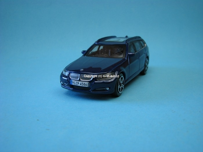 BMW 3 series Touring blue met 1:43 Bburago