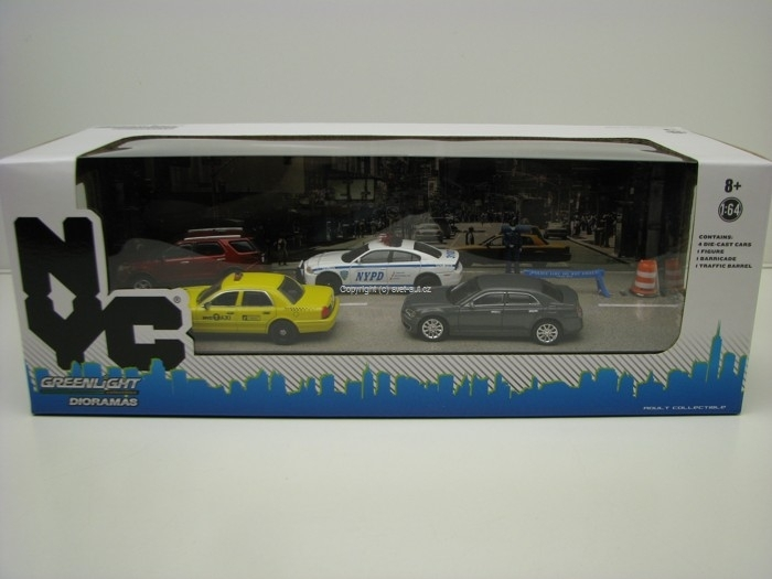 New York City Traffic Scene Diorama Set 1:64 Greenlight 56090