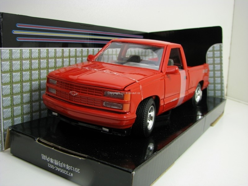 Chevrolet 454 SS Pick Up 1992 Red 1:24 Motor max