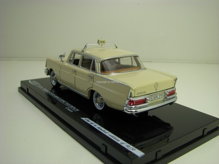 Mercedes-Benz 220SE Taxi Berlin Cream 1:43 Vitesse