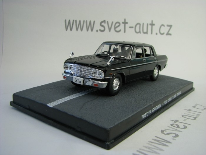Toyota Crown James Bond 007 1:43 Universal Hobbies