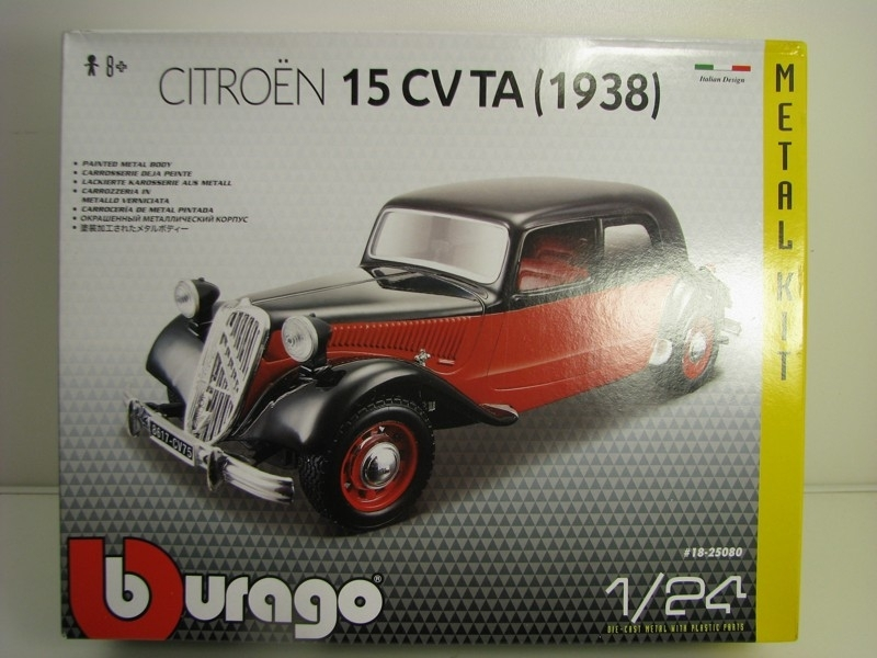 Citroen 15CV TA 1938 red black KIT 1:24 Bburago