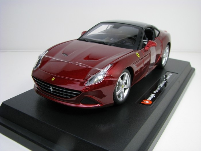 Ferrari California T closed top Purple 1:24 Bburago