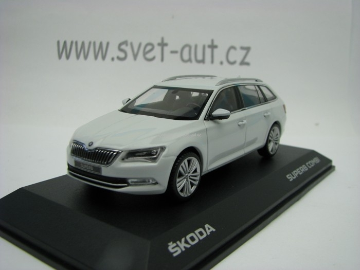 Škoda Superb Combi III Moon White 1:43 i Scale