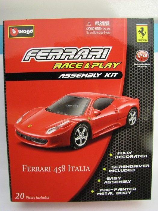Ferrari 458 Italia Red Kit 1:43 Bburago