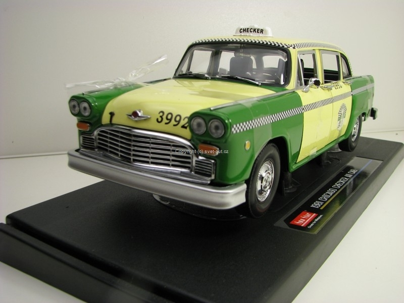 Checker A11 Chicago Taxi 1981 1:18 Sunstar