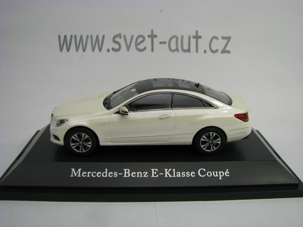 Mercedes-Benz E-Klasse Coupe White 1:43 Kyosho