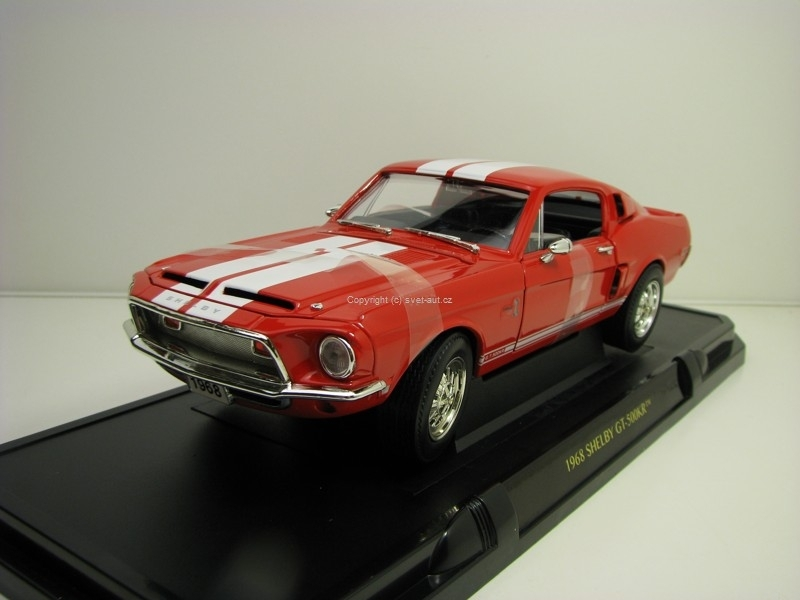 Shelby GT-500KR 1968 red/whitte 1:18 Lucky Die Cast