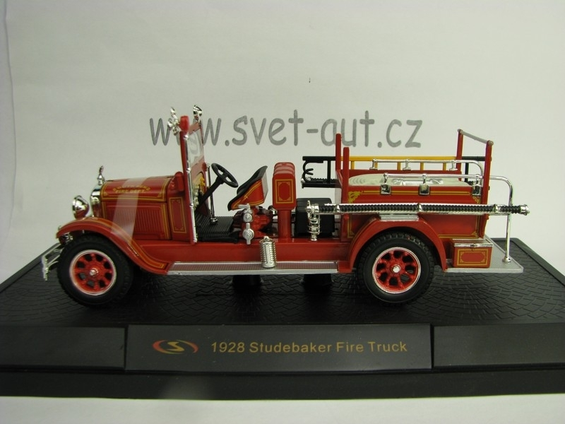 Studebaker Fire Truck 1928 South Bend 1:32 Signature Models