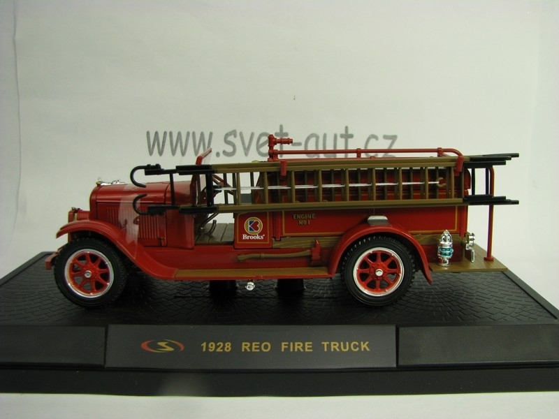 Reo Fire Truck 1928 Brooks Engine No.1 1:32 Signature Models