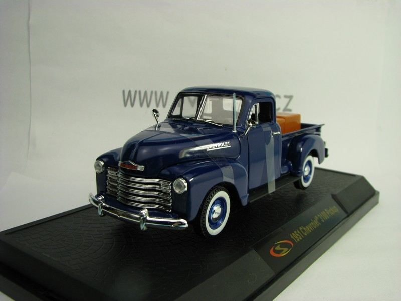 Chevrolet 3100 Pickup 1951 Blue 1:32 Signature Models