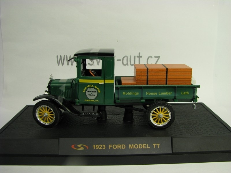 Ford Model TT 1932 Saw Mill River 1:32 Signature Models