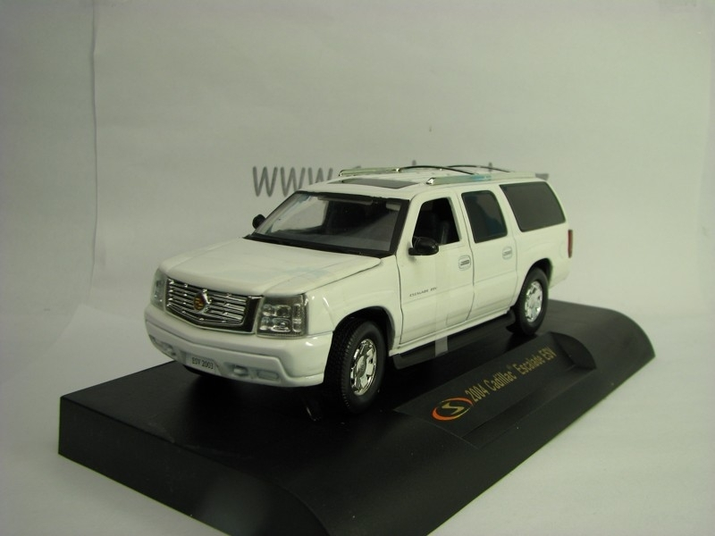 Cadillac Escalade ESV 2004 White 1:32 Signature Models