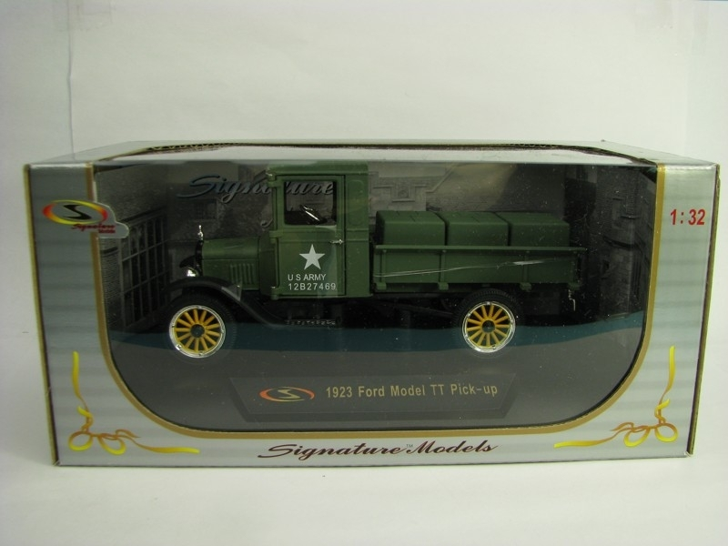 Ford Model TT Pick-Up 1923 US Army 1:32 Signature Models