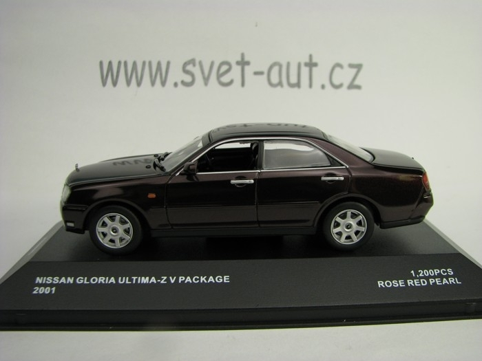 Nissan Gloria Ultima-Z V Package Rose Red Pearl 1:43 J-collectio