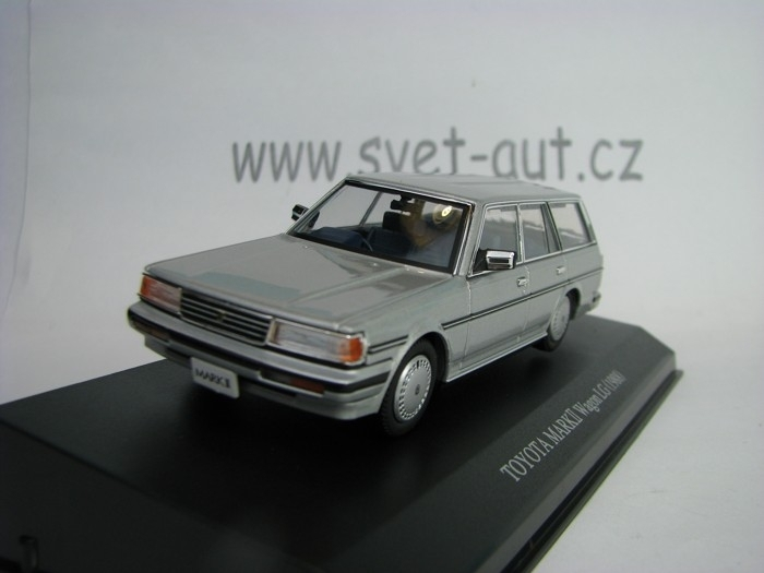 Toyota MkII Vagon Long 1988 Silver 1:43 Dism