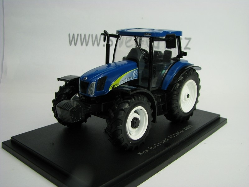 Traktor New Holland TS135A 2003 1:43 Universal Hobbies