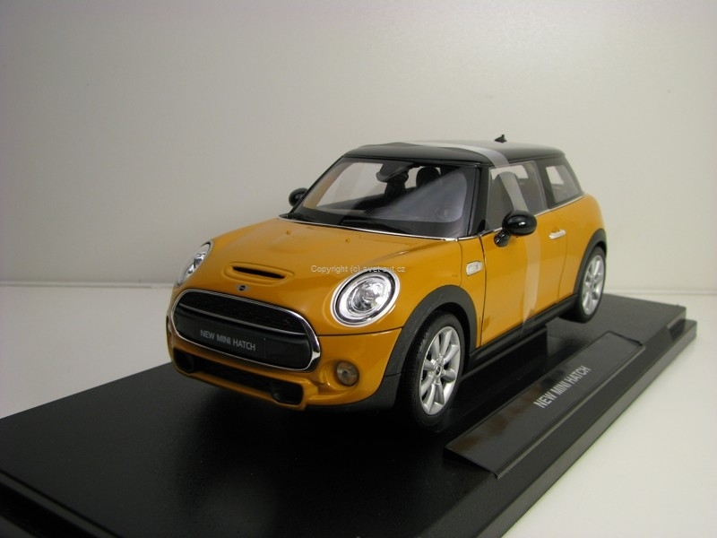 New Mini Hatch Yellow 1:18 Welly