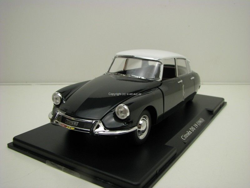 Citroen DS 19 1963 Grey White 1:24 Leo Models