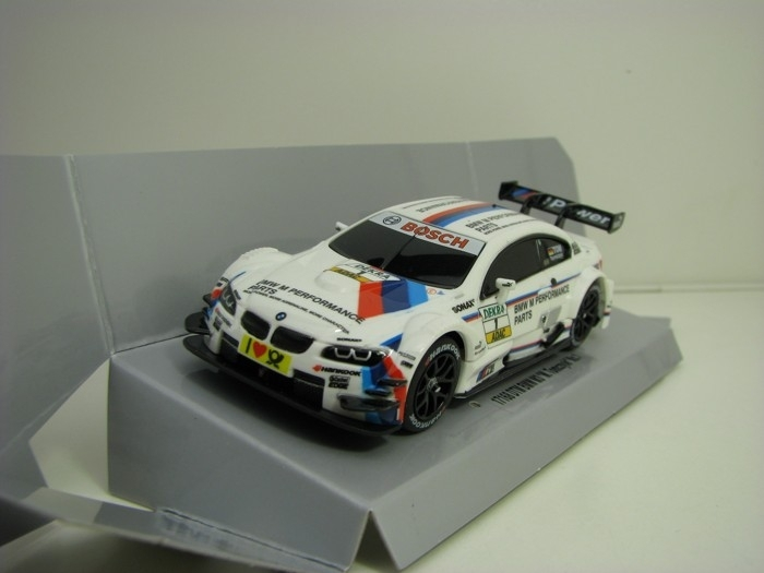 BMW M3 DTM 2012 No.1 M. Tomczyuk Pull Back Action Carrera 17168