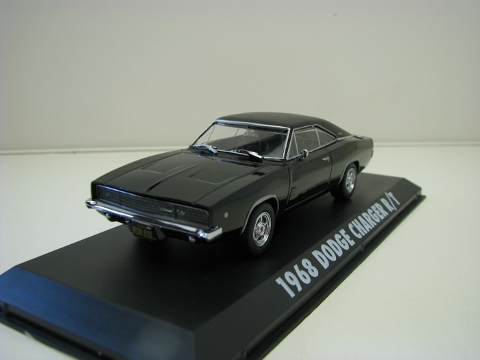 Dodge Charger R/T 1968 Black Steve McQueen 1:43 Greenlight