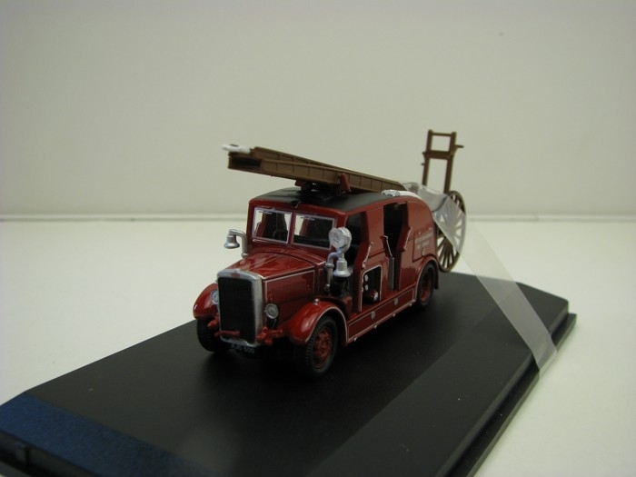 Leyland Cub FK7 City of Canterbury Fire Brigade 1:76 Oxford