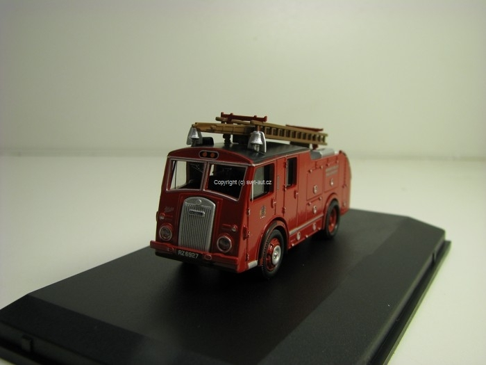 Dennis F8 Northern Ireland Fire Brigade 1:76 Oxford
