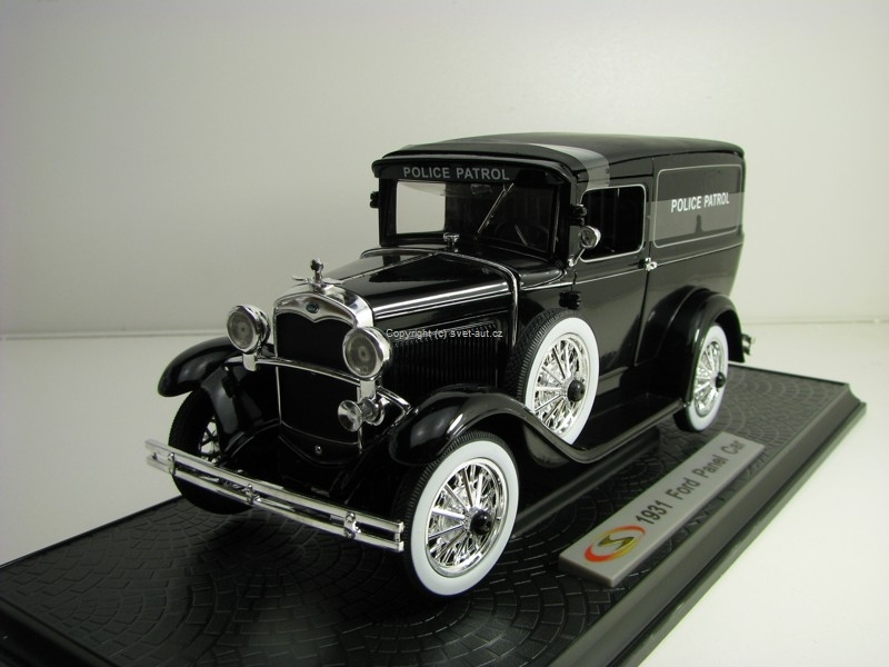 Ford Panel 1931 Police Patrol 1:18 Signature Models