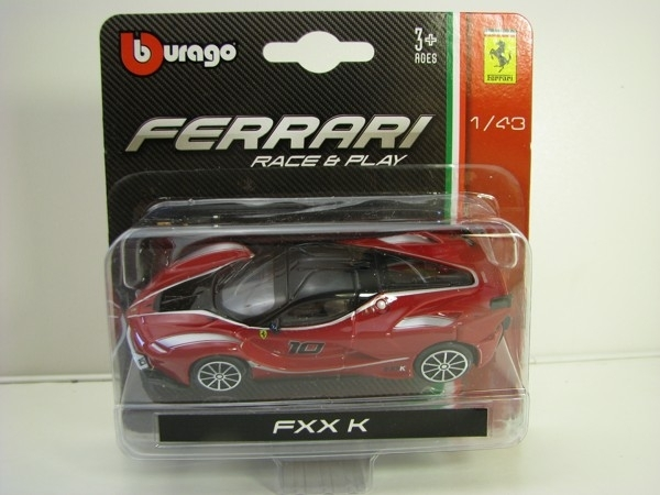 Ferrari FXX K No.10 Race & Play 1:43 Bburago