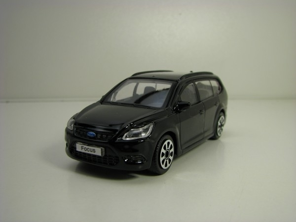 Ford Focus Combi Black 1:43 Bburago