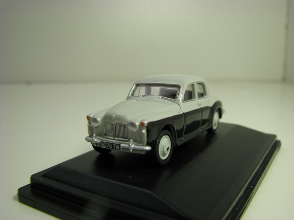 Rover P4 Smoke Grey/Black 1:76 Oxford