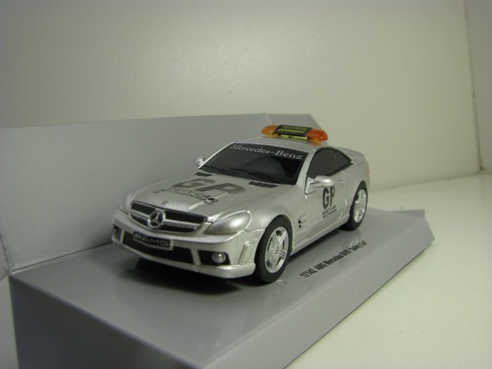 AMG Mercedes SL 63 GP Safety Car Pull Back Action Carrera 17142