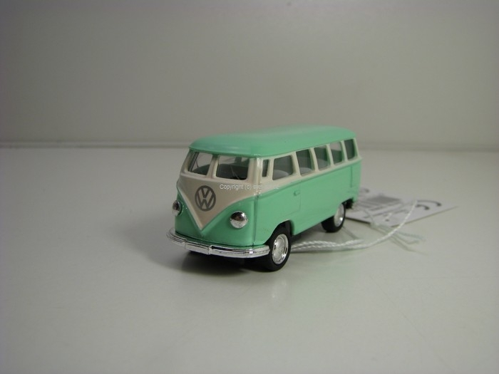 Volkswagen Classical Bus 1962 Green Pull Back 1:64 Kinsmart