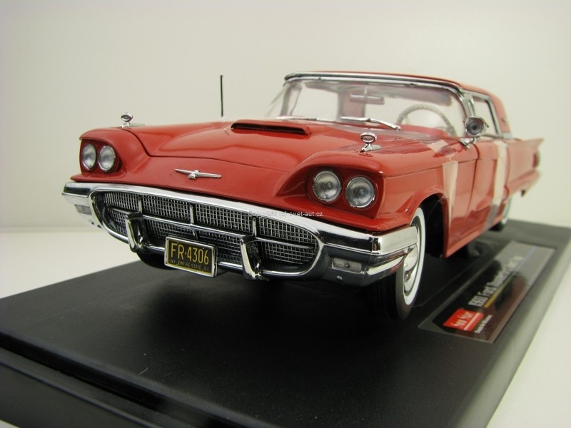 Ford Thunderbird Hard Top 1960 Red 1:18 Sunstar 4306